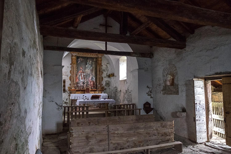 Der Altar der Kirche San Remigio